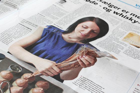 Hvid chokoladekage med whiskymousse i avisen