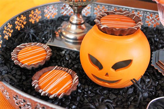 Halloween mini tærter med appelsinkaramel